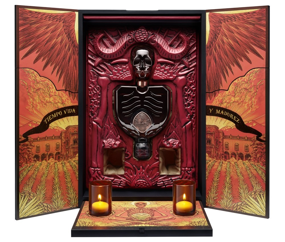 Limited Edition Guillermo del Toro X Patrón Tequila Set
