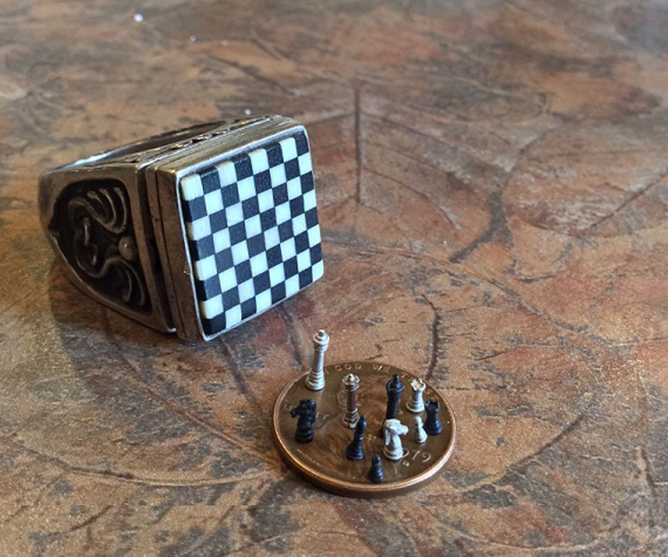 Chess Set in a Ring